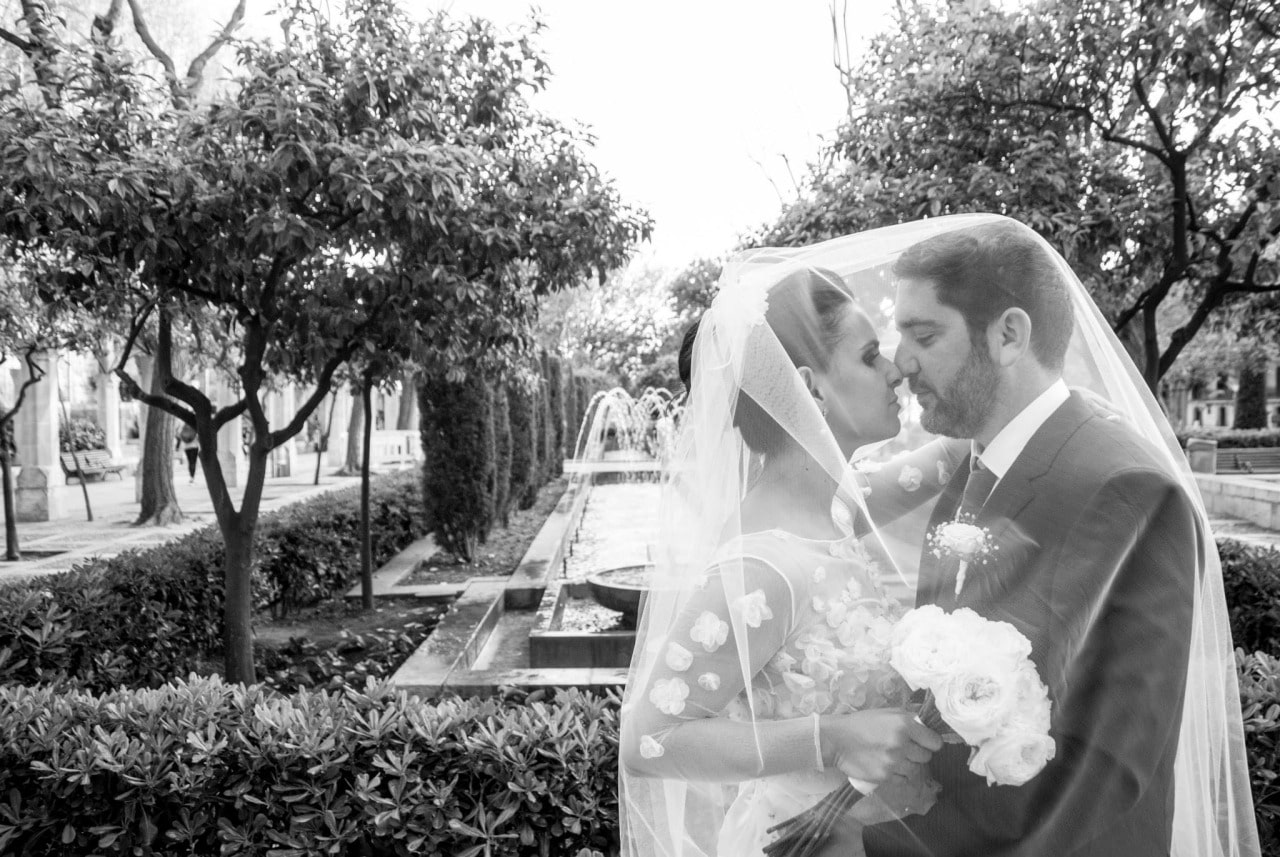 Wedding photographers Mallorca black and white
