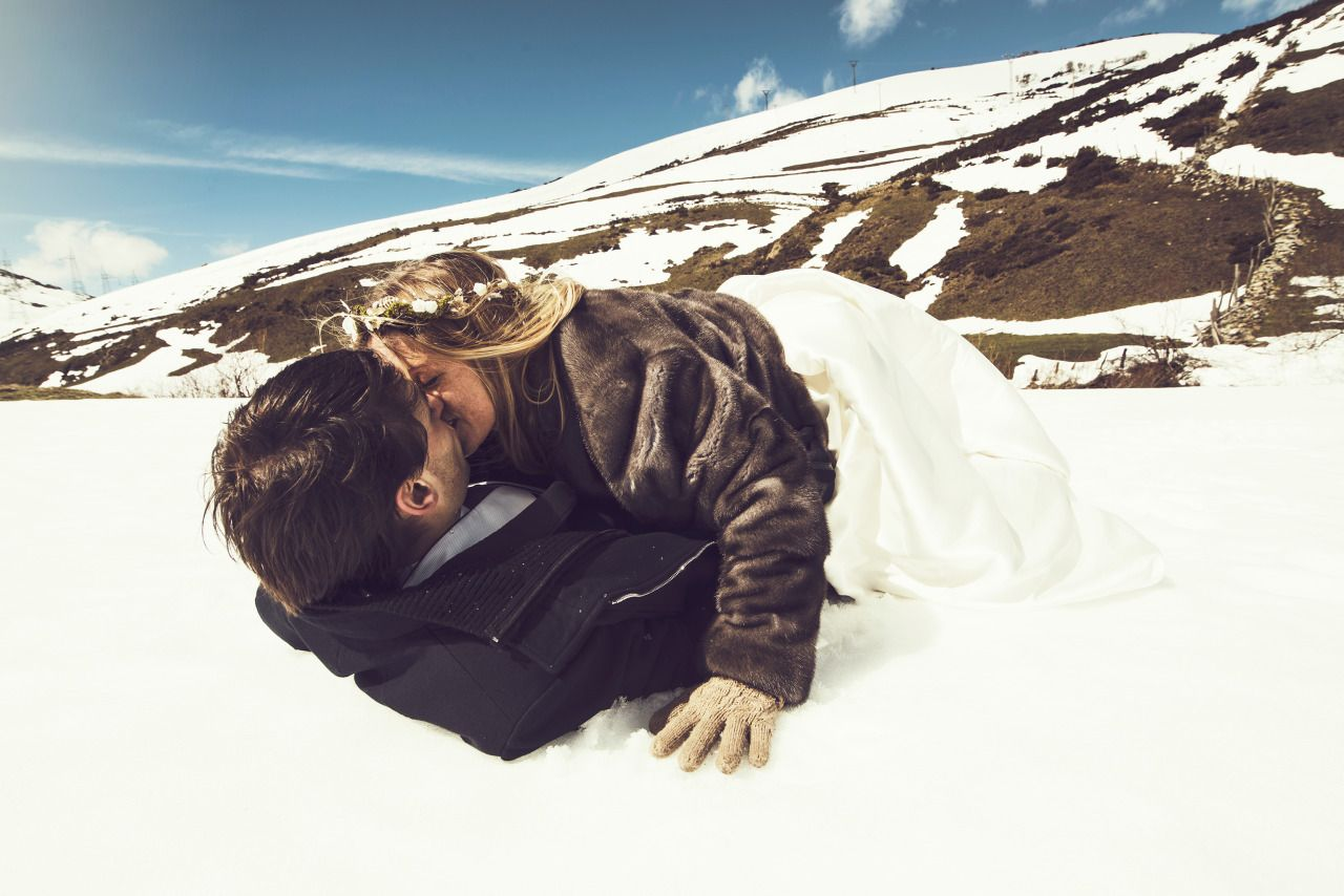 """ALT""""Wedding photographer Mallorca snow"""