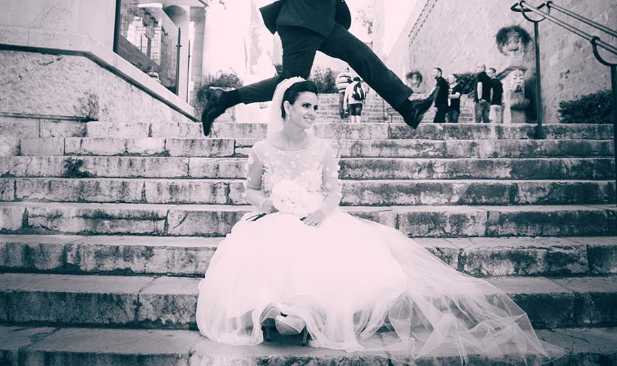 Wedding photographers Mallorca cathedral