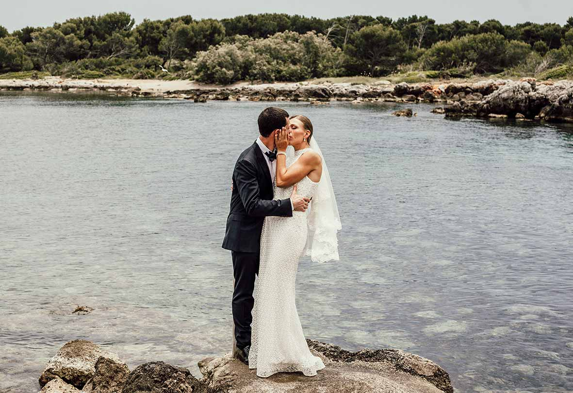 wedding photographer in Mallorca sea