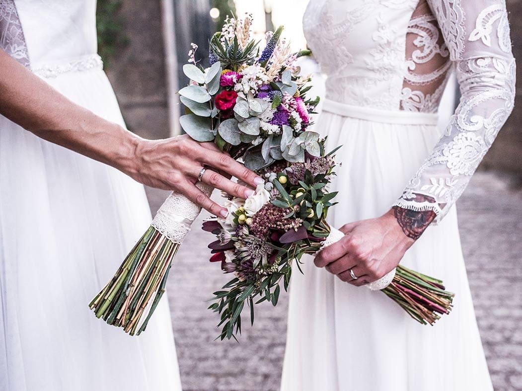 fotógrafos de boda LGBT en Mallorca azalea