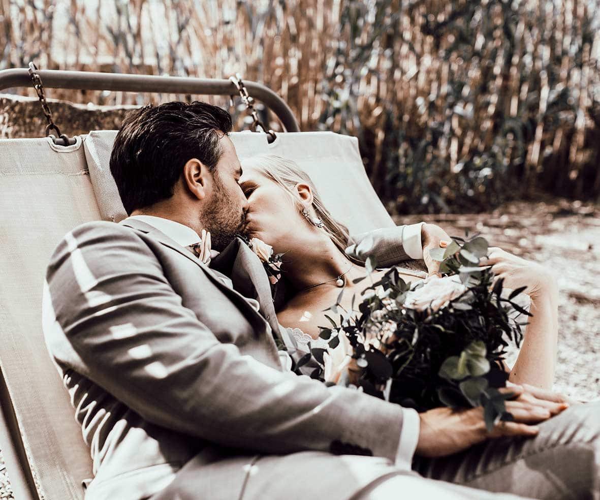 wedding photographers mallorca kiss hammack
