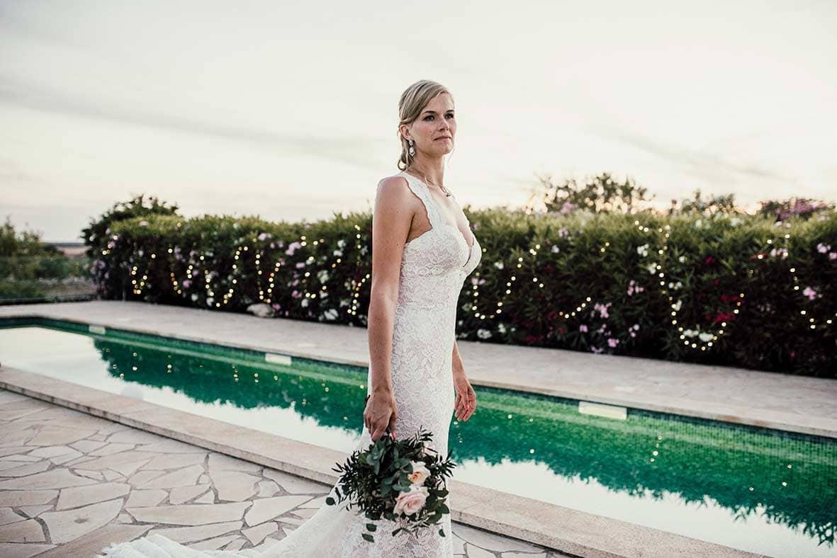 wedding photographers mallorca bride pool