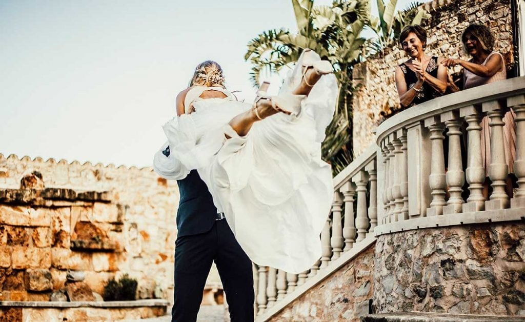 natural wedding photographer dance jump