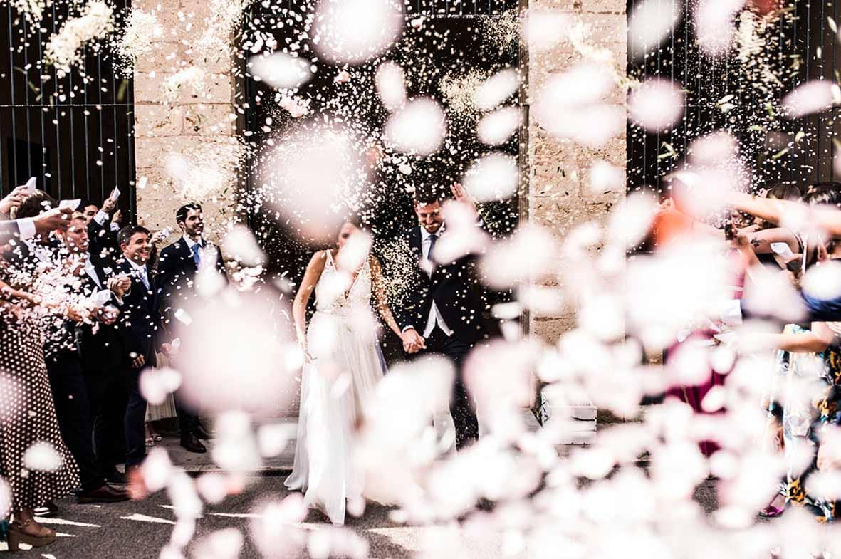 salida iglesia mallorca boda
