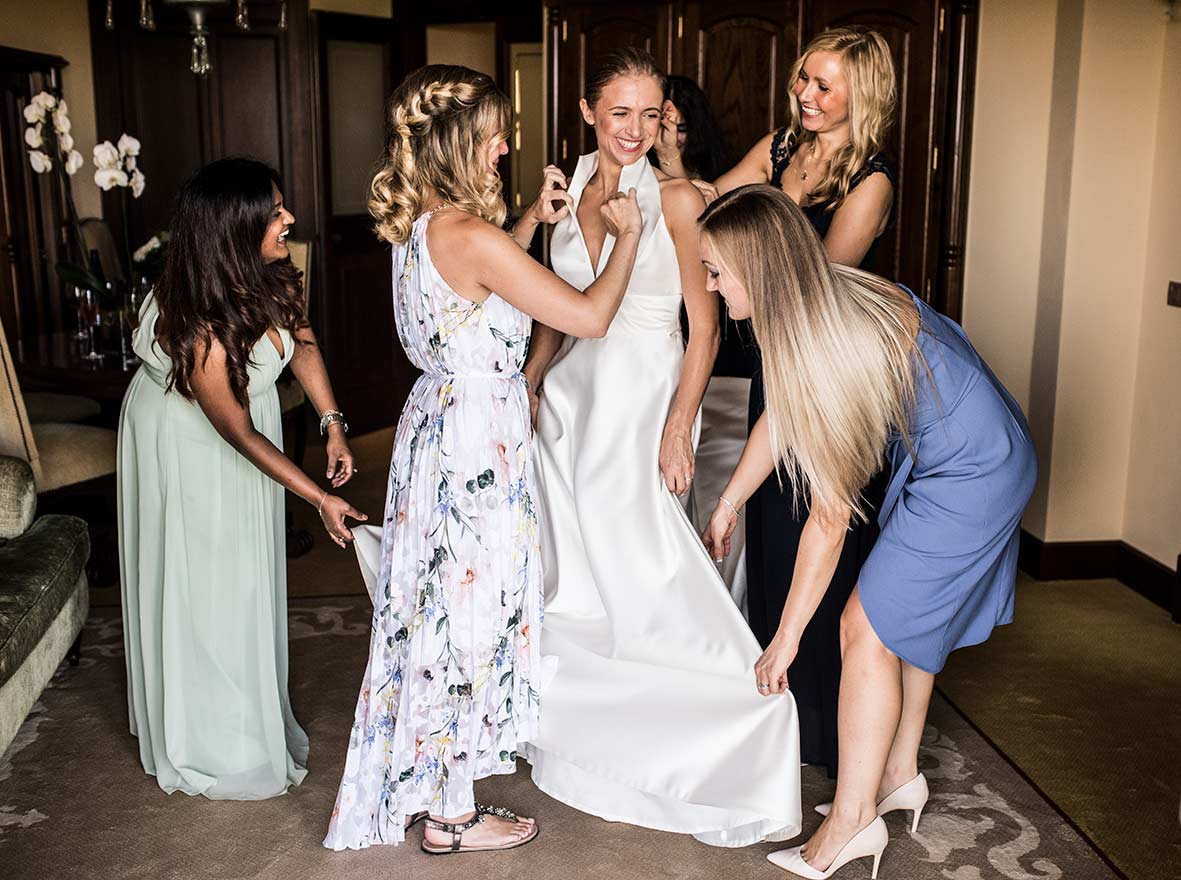 wedding in castillo hotel son vida bridesmaids