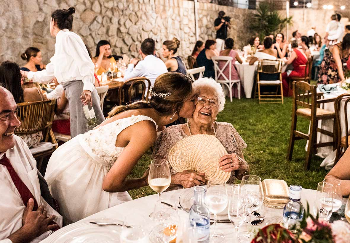 """ALT""wedding photographers in mallorca kiss grandma"