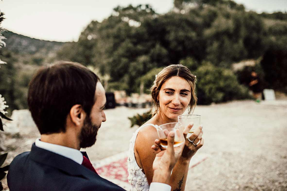 """ALT""wedding photographers in Mallorca sweet look"