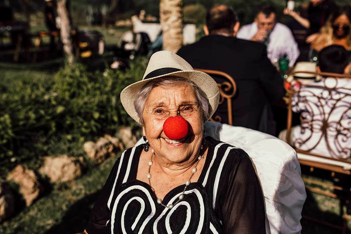 """ALT""wedding reportage in mallorca red nose"
