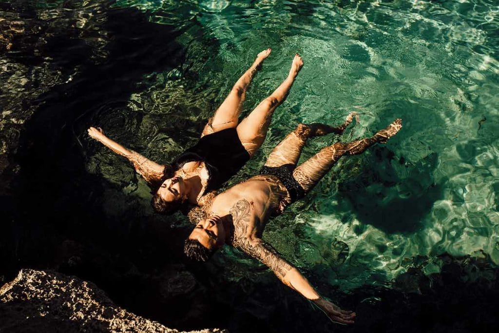 """ALT""couple's session in mallorca floating"""